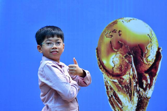 Nguyễn Lê Thanh Sơn - người Việt Nam duy nhất được ra sân trong trận chung kết World Cup 2018.