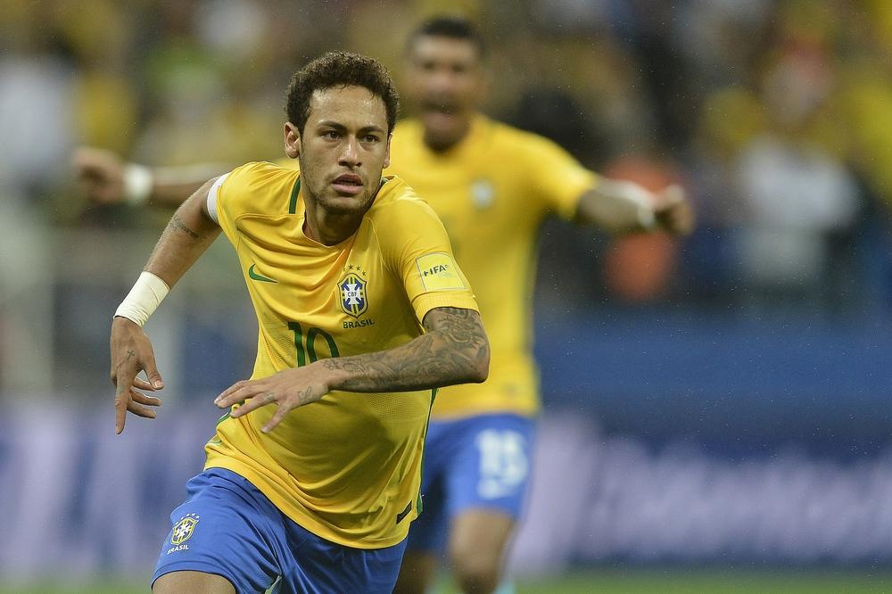 Neymar vẫn còn rất trẻ để có thể trở thành chân sút vĩ đại nhất đội tuyển Brazil.