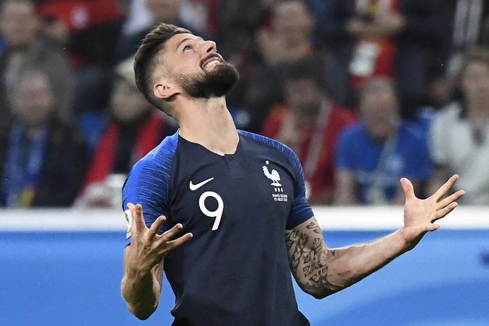 TOP5 gã tiền đạo ăn hại, có cũng như không ở WC 2018: Nhìn người số 1 chỉ muốn tống ngay ra khỏi sân