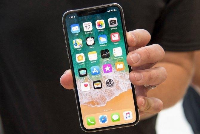 Đọ pin 6 smartphone cao cấp nhất thế giới: iPhone ngụp lặn, Samsung thoi thóp