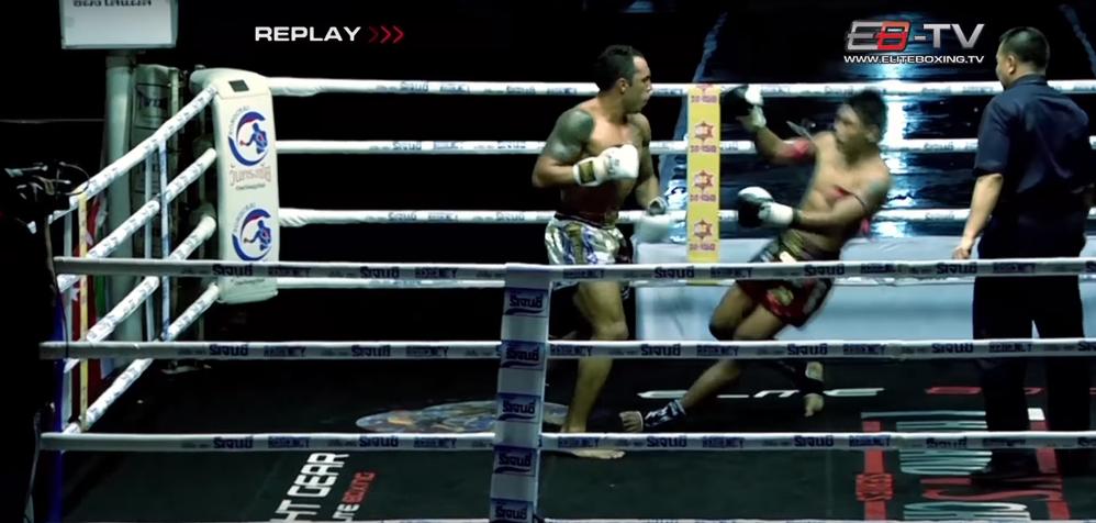 Điểm lại 10 cú Knockout kinh điển của làng Muay Thái thế giới