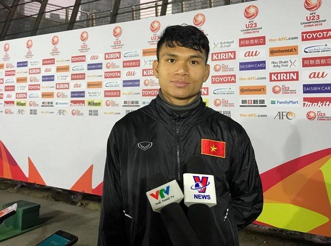 Kẻ đóng thế Văn Hậu ở U23 Việt Nam và câu chuyện 2 năm ròng rã dành tiền trả nợ cho mẹ
