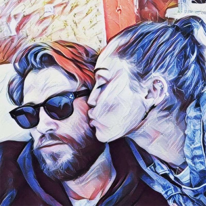 Miley và Liam luôn quấn quýt bên nhau