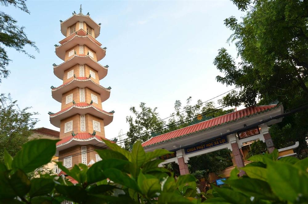Những ngôi chùa nổi tiếng linh thiêng nhất Sài Gòn