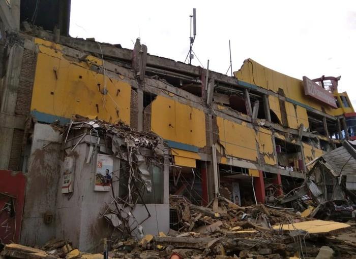 Sóng thần và động đất