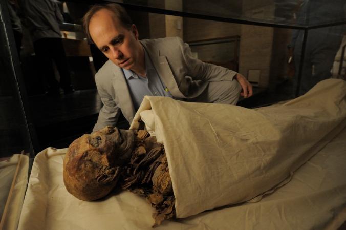 Hatshepsut là nữ Pharaoh cai trị Ai Cập từ năm 1479 đến năm 1458 TCN. Trong khi mộ của bà được phát hiện vào năm 1903, đến năm 2006, xác ướp của bà mới được xác nhận.