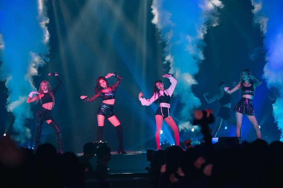 Fan BLACKPINK vui như hội: YG hứa thì không đáng tin nhưng Jennie hứa comeback thì đáng tin không?