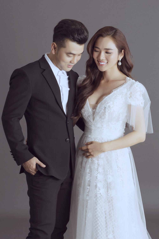 Sau 3 tháng đám cưới, vợ siêu mẫu của Ưng Hoàng Phúc mang bầu lần 3 - Tin sao Viet - Tin tuc sao Viet - Scandal sao Viet - Tin tuc cua Sao - Tin cua Sao