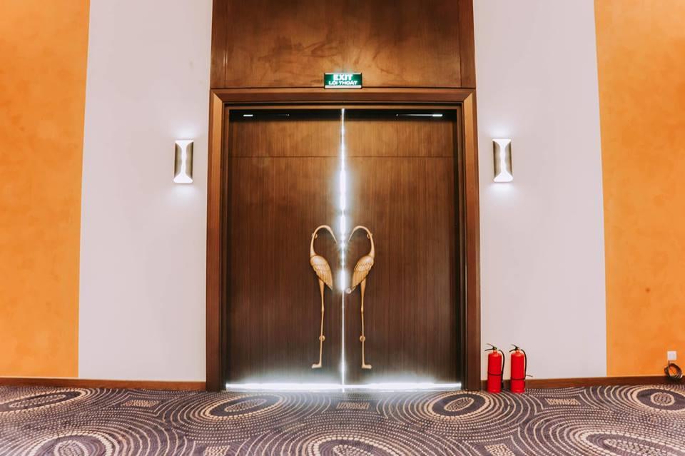 Địa điểm là khách sạn Dic Star - Khu Nam Đầm Vạc, một khách sạn 5 sao nằm trong top đàu khách sạn tốt của tỉnh.