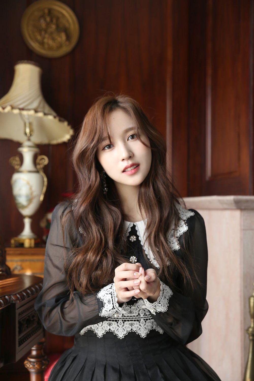 JYP thông báo bệnh tình của Mina: Cô nàng mắc phải chứng rối loạn lo âu, phải điều trị thời gian dài