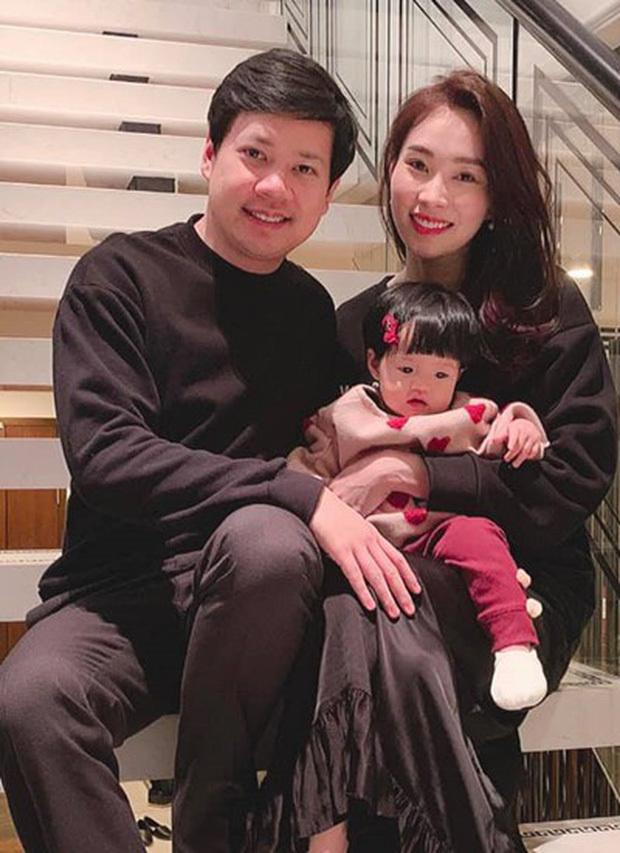 Đặng Thu Thảo khoe con gái lớn phổng phao, thích thú khám phá nơi làm việc của ba Trung Tín - Tin sao Viet - Tin tuc sao Viet - Scandal sao Viet - Tin tuc cua Sao - Tin cua Sao