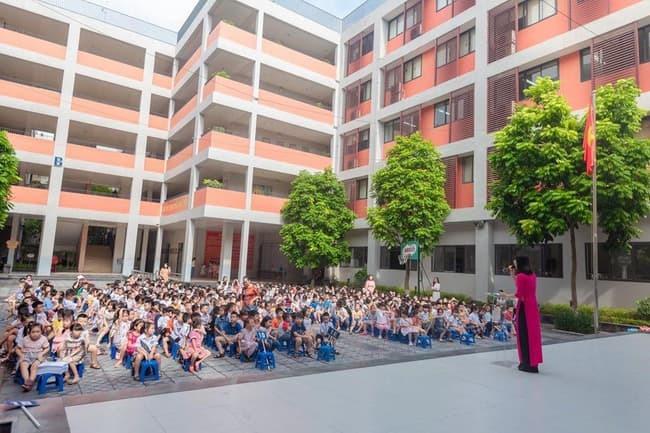 Trường tiểu học Chu Văn An - Tây Hồ.