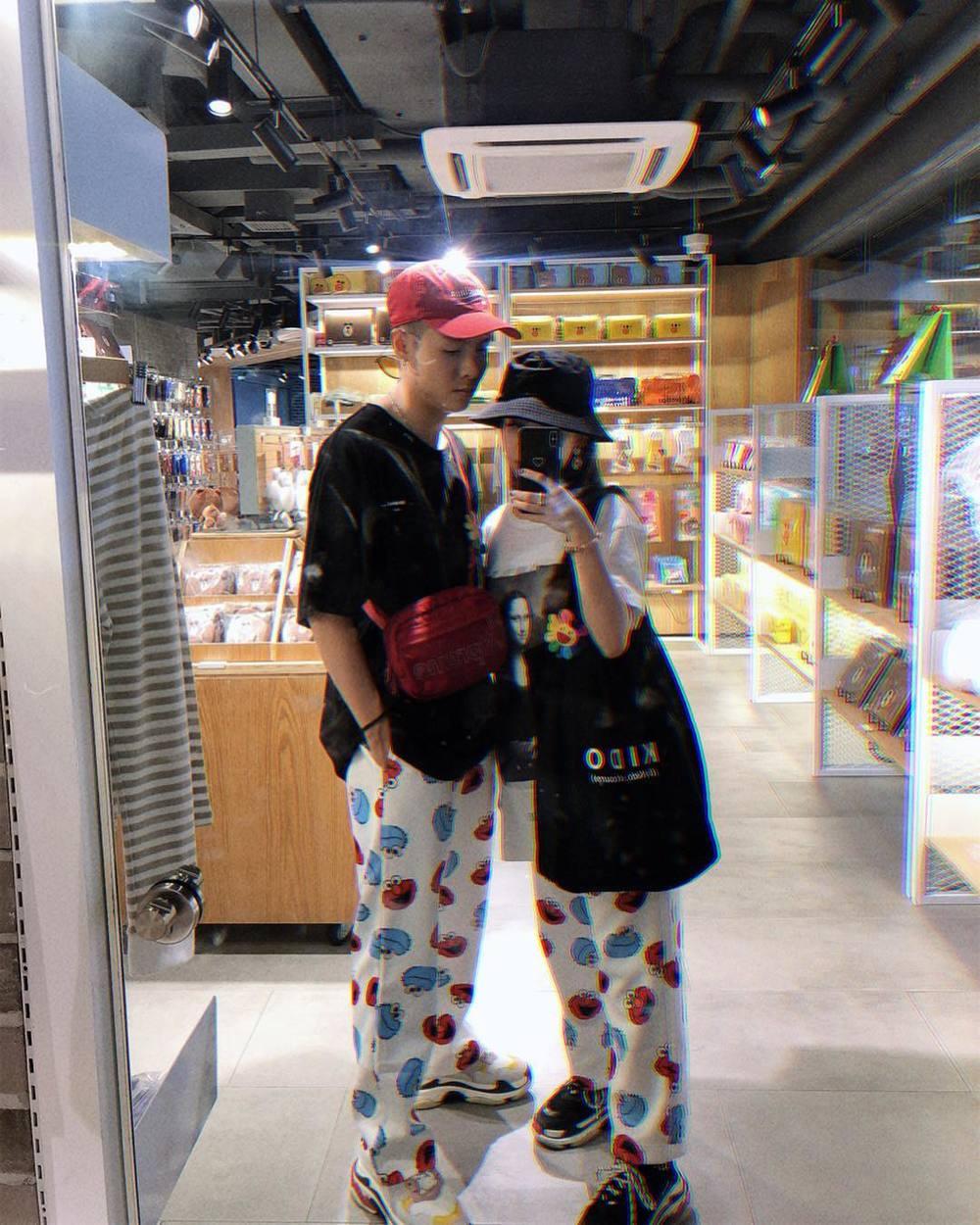 Những lần diện đồ đôi của ái nữ nhà Minh Nhựa và chồng hơn 3 tuổi