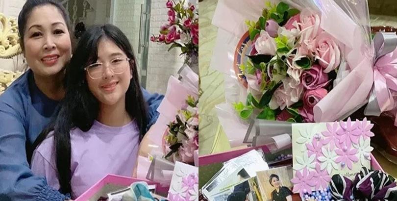 Nghệ sĩ Hồng Vân xúc động với món quà của con gái út. - Tin sao Viet - Tin tuc sao Viet - Scandal sao Viet - Tin tuc cua Sao - Tin cua Sao