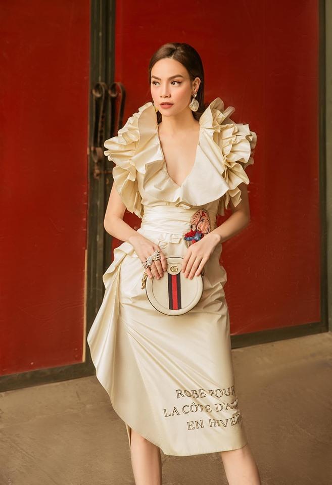 Hồ Ngọc Hà sửa lại váy hiệu, tiếp tục dẫn đầu trend của Vbiz