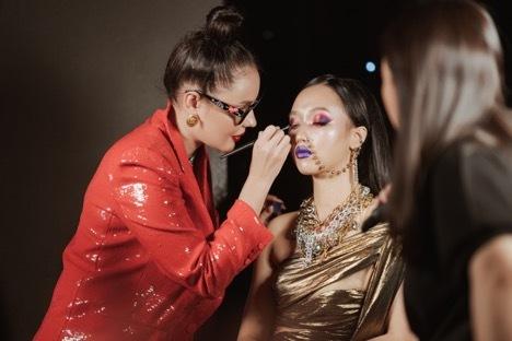 Có gì trong sự kiện makeup lớn nhất tháng 10 All About Foundation & Eye Colors?