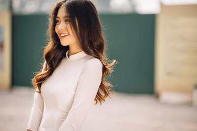 Cô nàng gây thương nhớ vì nụ cười tỏa nắng.