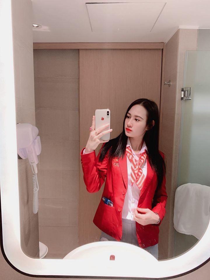 Minh Hằng là một trong những bóng hồng xinh đẹp của đoàn thể thao Việt Nam.