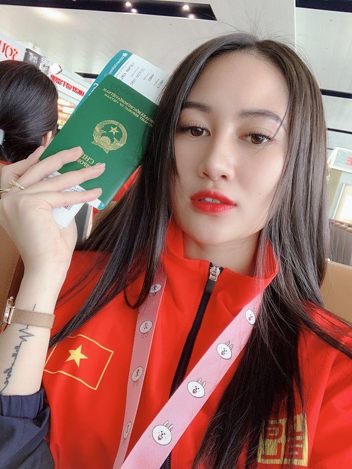 Minh Hằng đã thi đấu nỗ lực cùng đoàn thể thao Việt Nam.