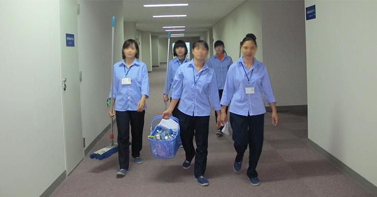 Làm nhân viên dọn vệ sinh tạiSingapore, lương khủng khó tin - Ảnh minh họa.