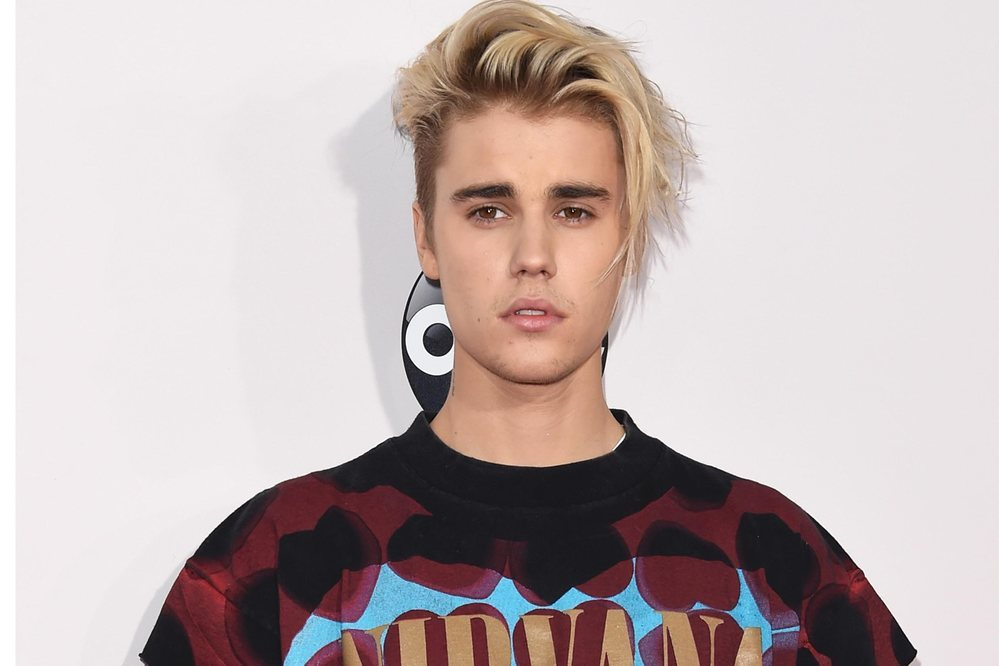 "After the ""Purpose"" success, Justin Bieber stayed patient and moving foward upcoming events. (Photo: Etonline.com)"