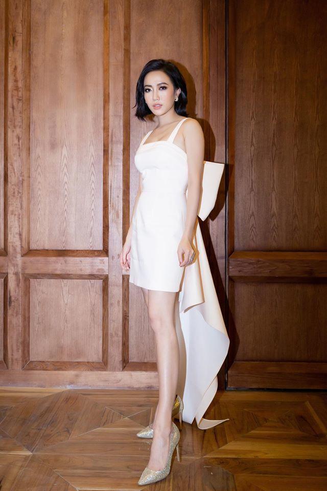 Thời trang sao Việt: Ngọc Trinh - Chi Pu đọ sắc trong cùng khung hình