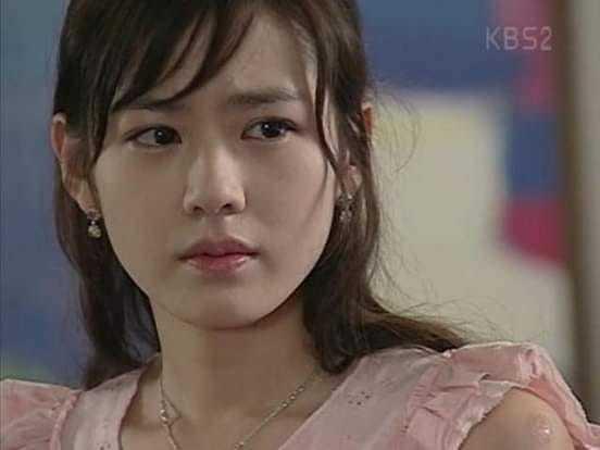 Nữ diễn viên vừa xinh đẹp lại tài năng.