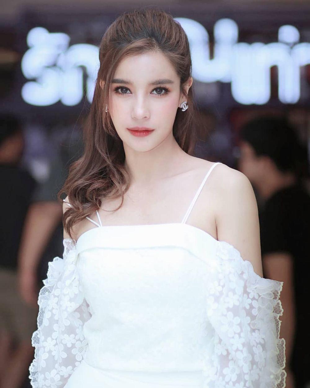 Nữ diễn viên Thái Lan tố nhãn hàng của Huyền Baby sử dụng trái phép hình ảnh. (Ảnh: Pinterest)