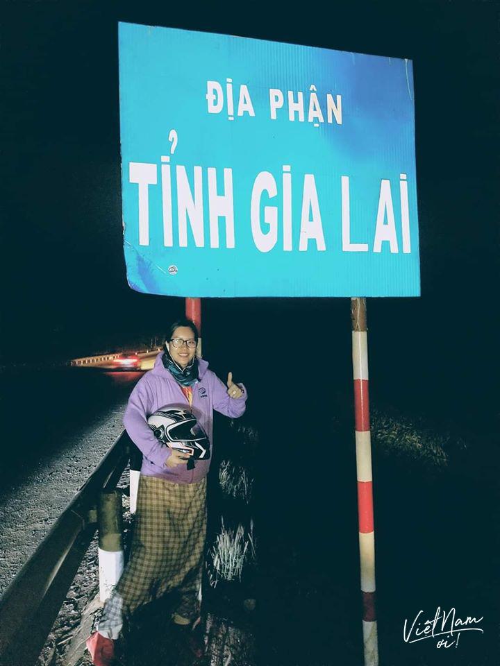 Thông thường, cô thành viên group Việt Nam Ơi sẽ đến địa phận các tỉnh khi trời tối.