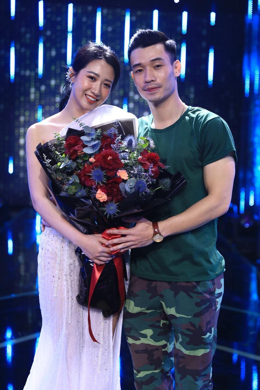 Màn thành đôi ngọt ngào của Nhật Linh và Kiều Ly (Ảnh: CTCC).