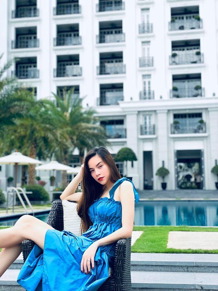 Hồ Ngọc Hà được Kim Lý đưa đi nghỉ dưỡng vào cuối tuần. (Ảnh: FBNV)
