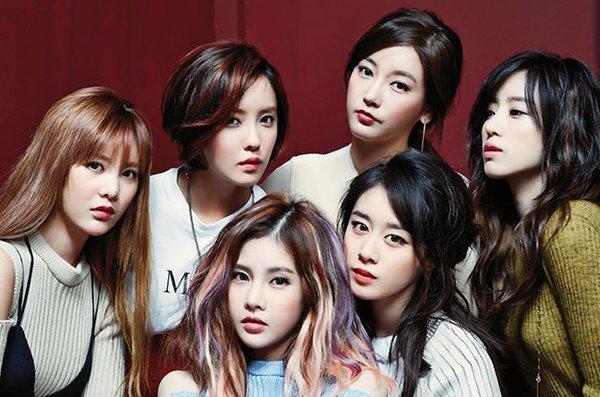 """T-ara đang trên đỉnh cao sự nghiệp lại """"tuột dốc không phanh""""vì loạt scandal do Hwayoung tạo nên. Ảnh: Pinterest"""