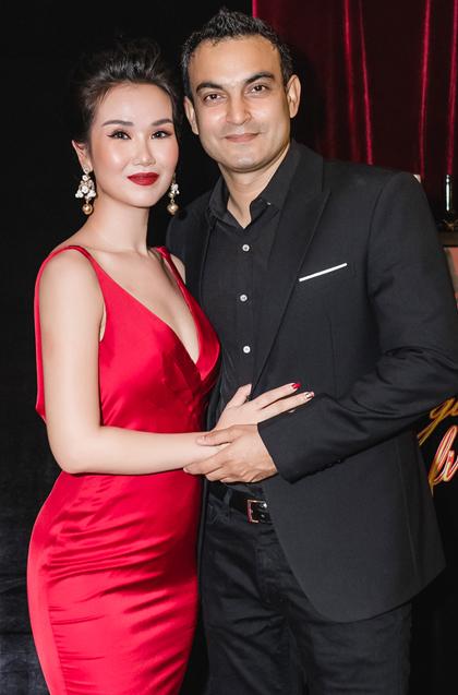 Nữ ca sĩ được khen ngày càng xinh đẹp kể từ khi lấy chồng (Ảnh: FBNV). - Tin sao Viet - Tin tuc sao Viet - Scandal sao Viet - Tin tuc cua Sao - Tin cua Sao