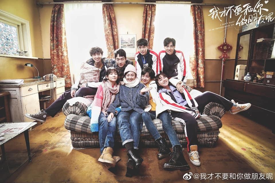 Thật khó chấp nhận khi mọi thứ ngọt ngào được vẽ lên, hóa ra chỉ là một giấc mơ, nghĩ có tức không cơ chứ? (Ảnh: Weibo)
