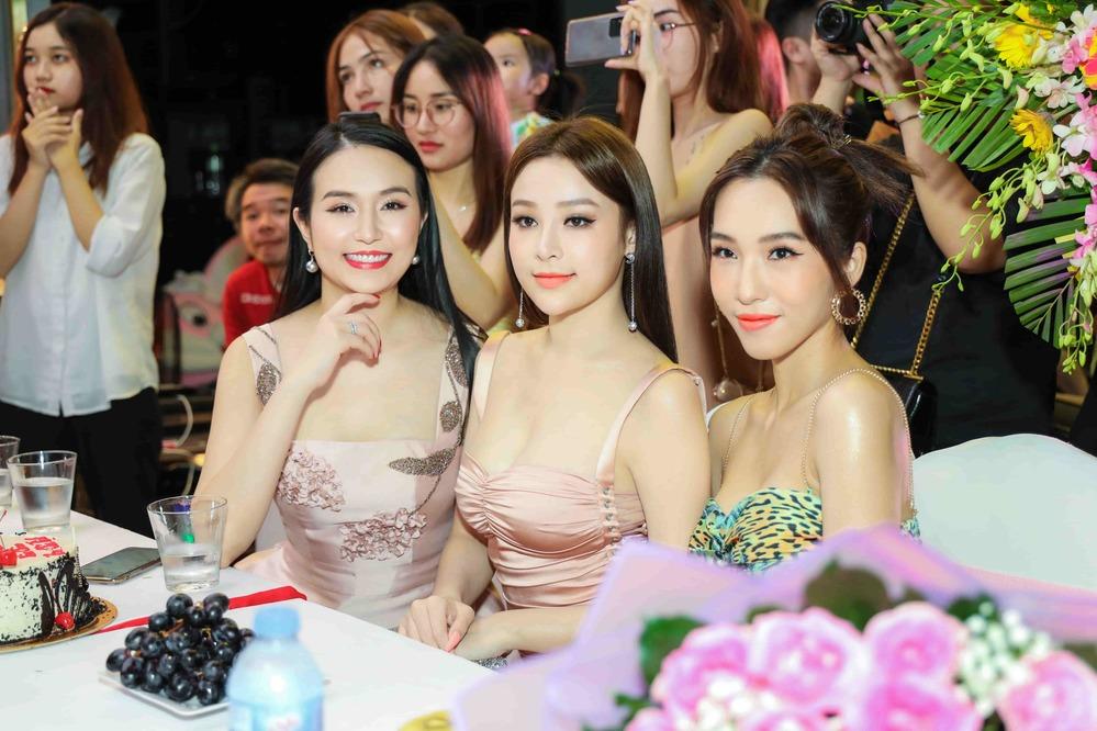 Bộ ba Emily - Hạnh Sino - Huyền Baby (Ảnh: NVCC) - Tin sao Viet - Tin tuc sao Viet - Scandal sao Viet - Tin tuc cua Sao - Tin cua Sao
