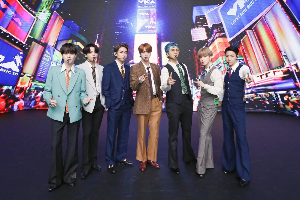 BTS có màn trình diễn ở VMAs 2020. Ảnh: Twitter