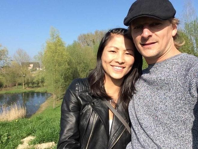 Về chung một nhà, cặp đôi có những tháng ngày hạnh phúc, bình yên ở nước Bỉ. (Ảnh: FBNV)