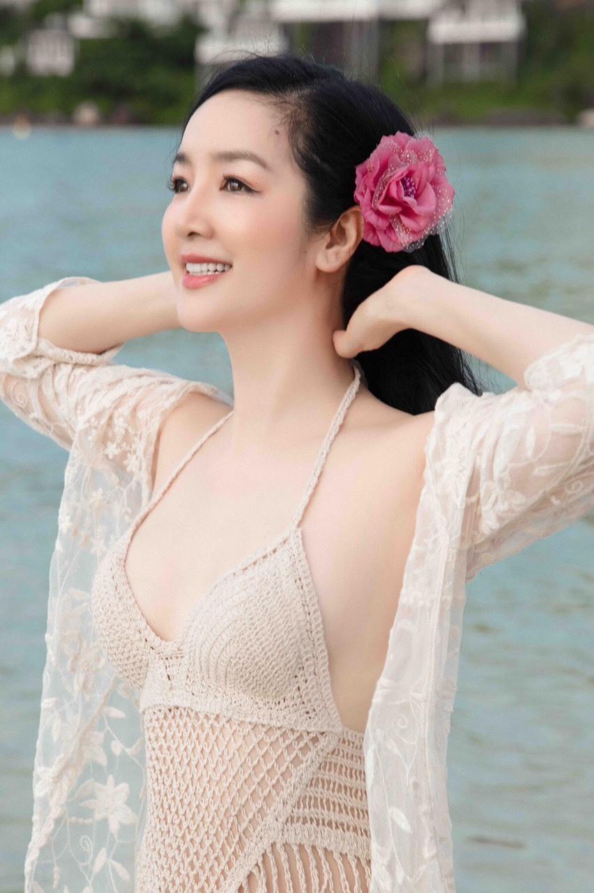 Vẻ đẹp của Giáng My gần gũi, dễ chịu khi diện bikini của Hoa hậu Đền Hùng. (Ảnh: FBNV)
