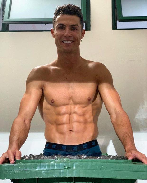 Ronaldo còn chú trọng đến cả việc mua sắm các thiết bị phục vụ cho mục đích tăng cường sức khỏe. Ảnh: @cristiano