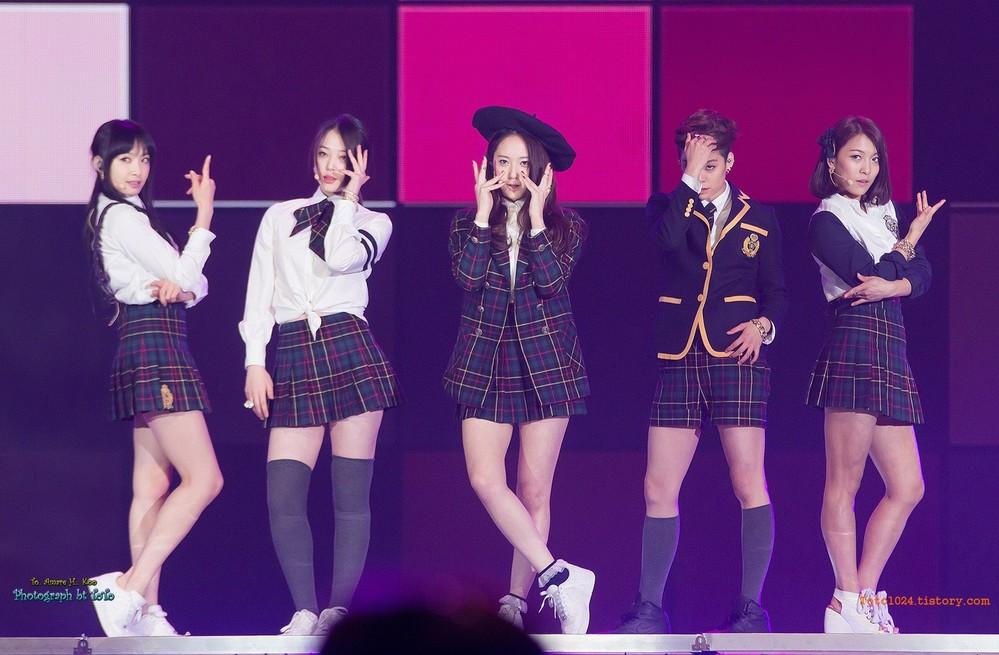 Nhìn lại hình ảnh đẹp đẽ của f(x) ngày ấy vẫn khiến cộng đồng fan K-pop không khỏi chạnh lòng, tiếc nuối. (Ảnh: Koreaboo)