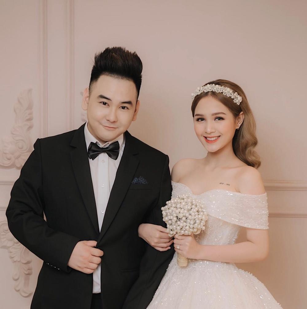 Đám cưới của Xemesis và Xoài Non sẽ diễn ra vào hôm nay. (Ảnh: FBNV)