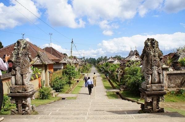 Đảo Bali là nơi vừa có thiên thạch lao qua. (Ảnh: GEO)