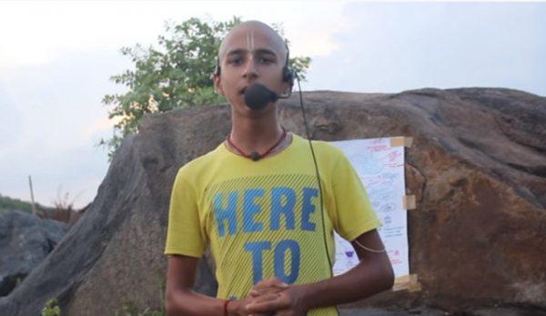 Nhà tiên tri nhỏ tuổi ngườiẤnĐộAbhigya Anand. (Ảnh: The Smart Local)