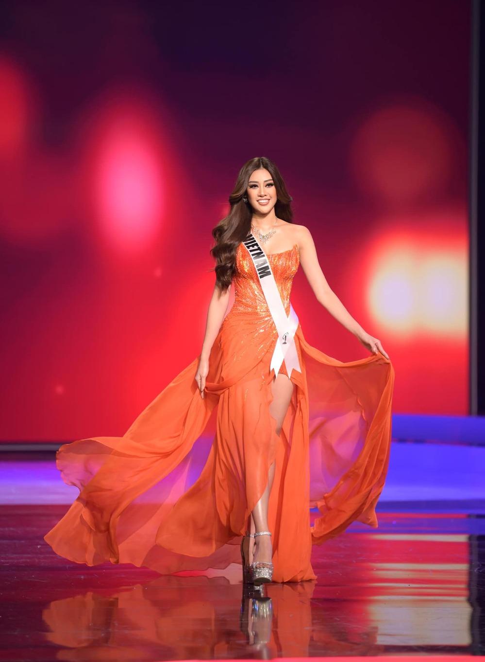 Dù không phải là chủ nhân vương miện Miss Universe 2020, Khánh Vân vẫn là người chiến thắng trong lòng fan.(Ảnh: FBNV) - Tin sao Viet - Tin tuc sao Viet - Scandal sao Viet - Tin tuc cua Sao - Tin cua Sao