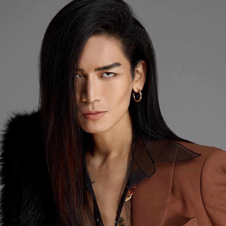 Nam diễn viên thần thái nổi bật trong các bức hình chụp chân dung. (Ảnh: FBNV) - Tin sao Viet - Tin tuc sao Viet - Scandal sao Viet - Tin tuc cua Sao - Tin cua Sao