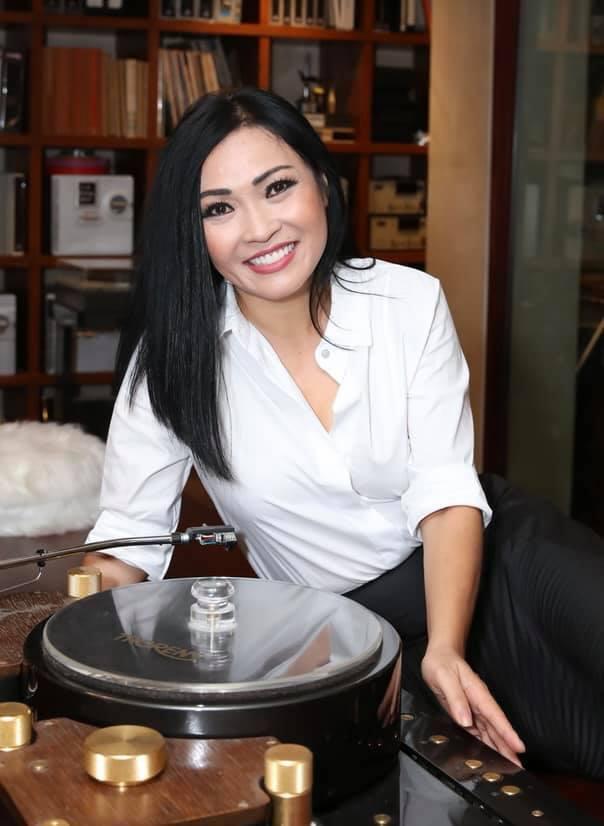 Phương Thanh hứa hẹn sẽ quay lại hoạt động nghệ thuậtvà tập trung hoạt động ca hát. Vì thế khi showbiz Việt đang có nhiều tranh cãi, người hâm mộ rất lo lắng cho nữ ca sĩ. (Ảnh: FBNV) - Tin sao Viet - Tin tuc sao Viet - Scandal sao Viet - Tin tuc cua Sao - Tin cua Sao