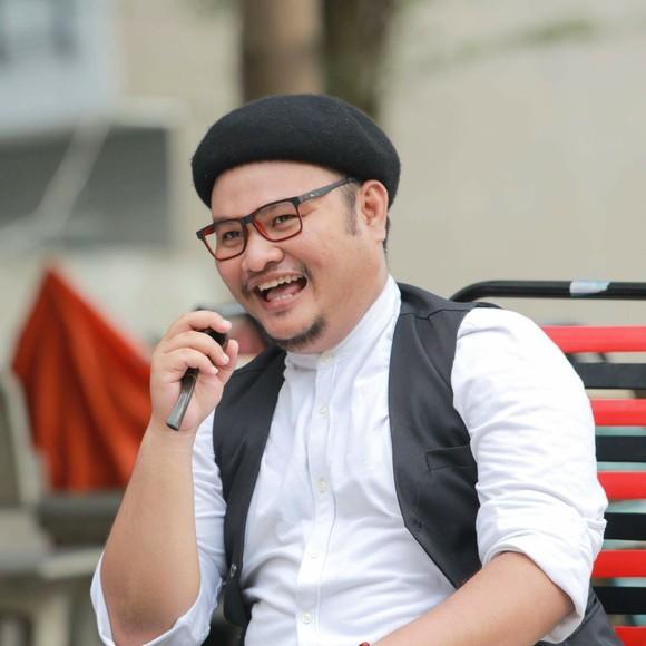 Để cưới được Minh Trang, nam diễn viên tốn khá nhiều thời gian chinh phục gia đình vợ. (Ảnh: FBNV) - Tin sao Viet - Tin tuc sao Viet - Scandal sao Viet - Tin tuc cua Sao - Tin cua Sao