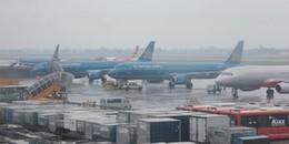 Hàng loạt chuyến bay bị hủy do bão số 16 bão Tembin