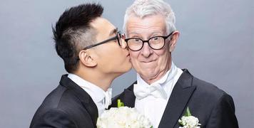 """Sau 3 năm theo đuổi, chàng trai 24 tuổi cuối cũng đã kết hôn với cụ ông 75 tuổi khiến CĐM """"phát sốt"""""""