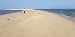 Nguyên nhân khiến đảo cát kì lạ ở Hội An đang ngày một